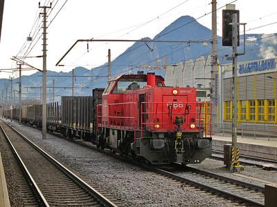 ÖBB 2070 027, Jenbach, shunting wagons - 03/01/14.