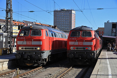 DB 218493 / 218486, München Hbf, RE57410 12.20 to Memmingen / RE57507 10.06 ex Füssen - 24/02/14.