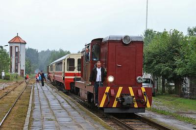 PGTKW Lxd2 465 running round at Tarczyn - 08/08/14.