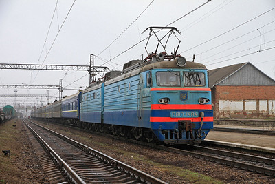 UZ VL10 1484, Stryy, 108P 18.58 (prev day) Odesa-Uzhhorod - 09/03/14.