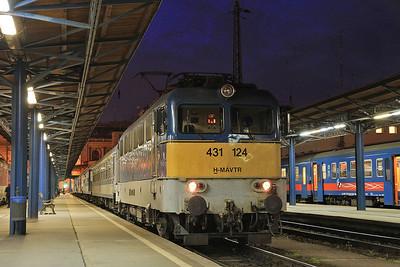 MÁV 431124, Budapest Keleti, 17408 20.10 to Békéscaba  - 04/04/14.