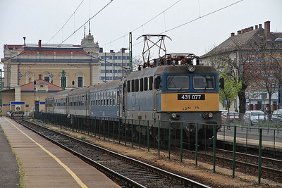 MÁV 431077, Szombathely, 9005 12.07 to Budapest Déli  - 05/04/14.