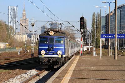 PKP EP08 012 arr Warszawa Zachodnia, TLK18100 13.11 Warszawa Wschodnia-Szczecin - 24/10/14.