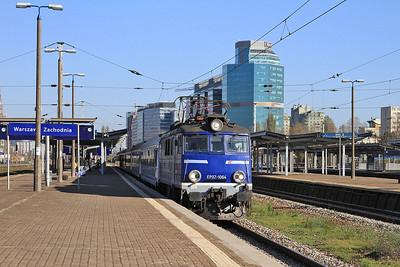 PKP EP07 1064 dep Warszawa Zachodnia, TLK16111 12.51 Warszawa Wschodnia-Wrocław - 24/10/14.