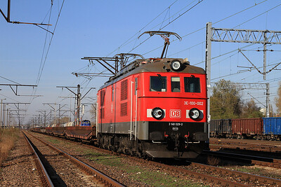 DBS 3E-100 002 (ex-PKP ET21 462), Warszawa Praga, Flat wagons - 24/10/14.