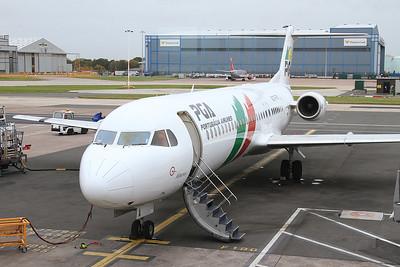 Portugália Airlines Fokker 100 CS-TPA, Manchester Airport, TP323 17.25 to Lisboa - 17/10/14.