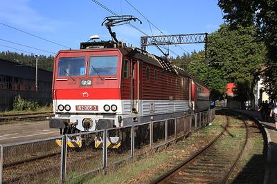 ZSSK 162005, Zwardoń, 4175 16.42 to Žilina - 17/09/15.