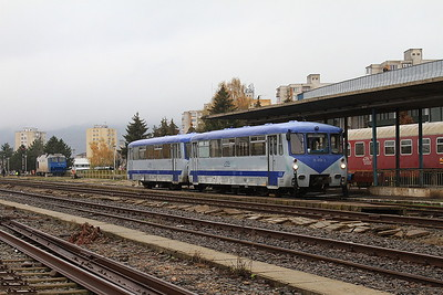 CFR 'Ferkeltaxi's'  79-0138 + 79-0538, Baia Mare, 4313 07.42 ex Satu Mare - 22/11/15.