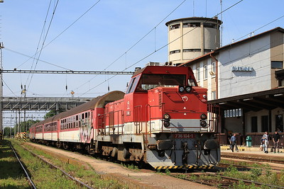 ZSSK 736104 Šurany, 5036 14.49 Nitra-Nové Zámky - 29/05/15.