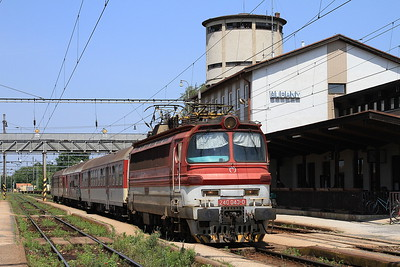 ZSSK 240043, Šurany, 5730 11.49 Levice-Nové Zámky - 29/05/15.