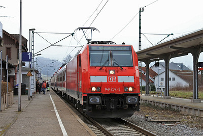 DB 146237, Kirchzarten, RB26947 13.40 Freiburg(Brsg)-Neustadt(Schwarz) - 31/01/15.