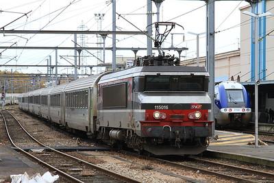 SNCF 15016, Caen, 3335 08.45 ex Paris St. Lazare - 30/10/15.