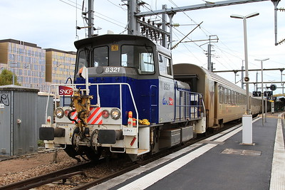 SNCF Y8321 shunting stock at Caen - 30/10/15.