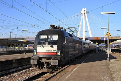 Dispolok 182507 dep Ludwigshafen (Rhein) Hbf, IC2054 15.54 Frankfurt (Main)-Saarbrucken - 01/10/15.
