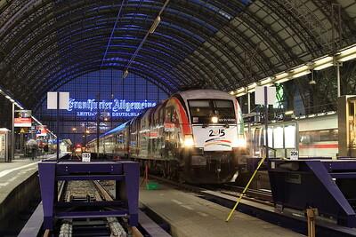 Dispolok 182521, Frankfurt (Main) Hbf, having arrived on IC1950 05.00 ex Bebra - 02/10/15.