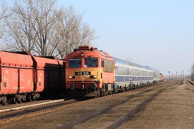 MÁV 418325 arr Báránd, IC366 02.52 Braşov-Budapest Keleti - 13/02/15.
