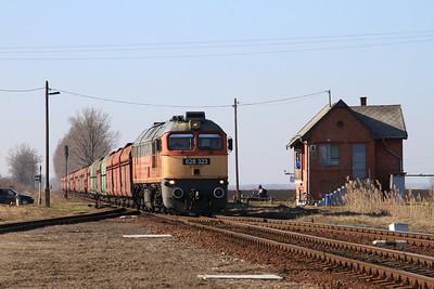 MÁV 628323 arr Báránd with a loaded coal train for Romania - 13/02/15.