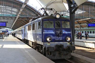 PKP EU07 303, Wrocław Gł, TLK83112 09.10 Kołobrzeg-Kraków - 24/04/15.
