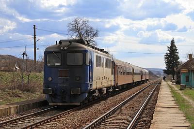 CFR 60-1245, Dodeşti, R13613 10.20 Tecuci-Iaşi - 01/04/15.