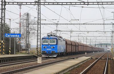 ČD Cargo 181069 passes Červenka with a lengthy coal train - 06/02/16.