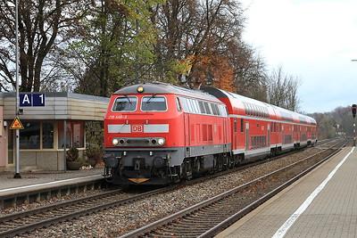 DB 218446 arr Kaufbeuren, RE57506 09.53 München-Füssen - 11/11/16.