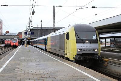 Dispolok 223007, München Hbf, ALX84134 09.19 to Oberstdorf - 11/11/16.
