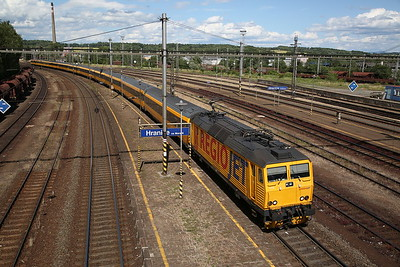 RegioJet 162113 arr Hranice na Morave, RJ1014 14.30 Havířov-Praha Hl - 30/06/17.