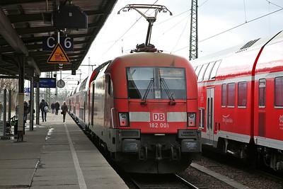 DB 182001, Magdeburg Hbf, RE3114 09.02 ex Frankfurt (Oder) - 02/03/17.