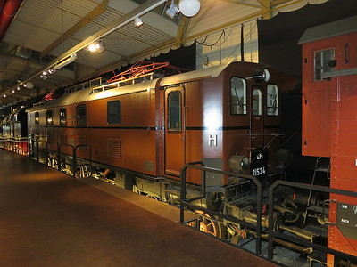 DB E52-34 (Bavarian EP5, 21534), on display in the DB museum, Nürnberg - 03/01/17.
