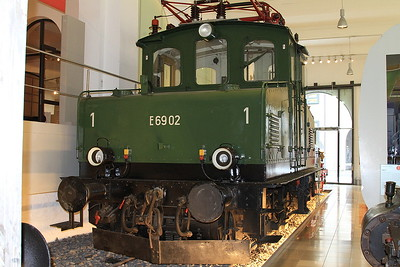DB E69-02 on display in the DB museum, Nürnberg - 03/01/17.