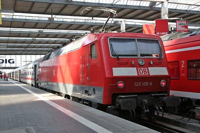 DB 120108, München Hbf, IC2356 11.39 to Rostock - 08/09/17
