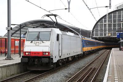 NS 186239, Amsterdam C.S., IC940 13.37 to Breda - 19/03/17.