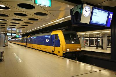 NS 186112, Schiphol Airport, IC924 09.37 Amsterdam-Breda - 19/03/17.