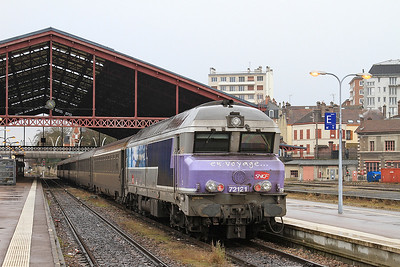 SNCF 72121, Troyes, stock for 11742 14.12 to Paris Est - 28/01/17.