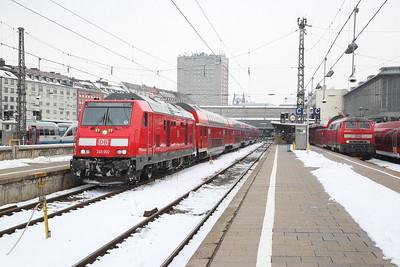 DB 245002 / 218414, München Hbf, RE57414 16.20 to Memmingen / RE57511 14.06 ex Füssen - 20/02/18