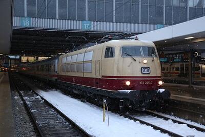 DB 103245, München Hbf, IC2094 17.20 to Ulm - 20/02/18