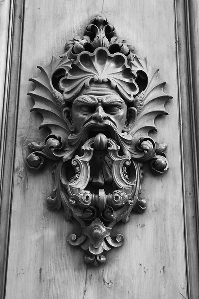 22CS7O0421 Door Knocker Florence 2014 Cathedral Florence 2014 BW