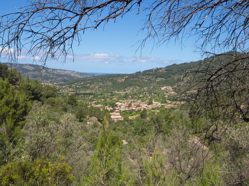 Hike from Binairix (GR221 loop) - looking down on Sóller