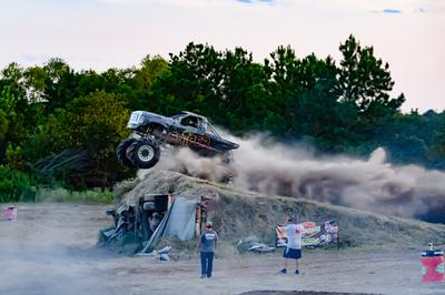 August 15, 2020-Pine Valley Raceway 'Mega Trucks Plus T& T'-ND5_0008