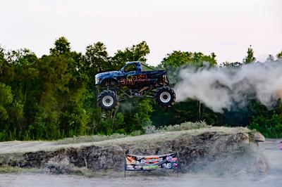 August 15, 2020-Pine Valley Raceway 'Mega Trucks Plus T& T'-ND5_0015