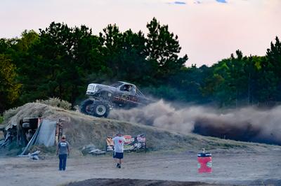 August 15, 2020-Pine Valley Raceway 'Mega Trucks Plus T& T'-ND5_0005