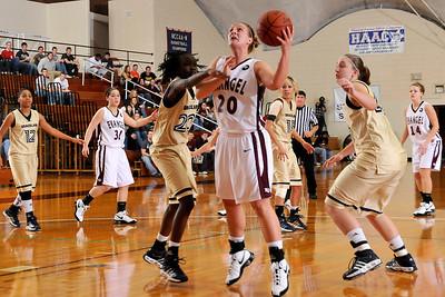 Basketball Women vs. Graceland 01-31-09