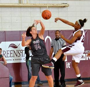 Basketball - Women 2012-13