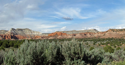 This was on the way into the park from Bryce by way of Mossy Cave.
