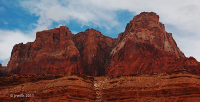 Just amazing! Red cliffs all along the road.