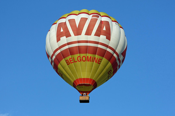 Temse in de Wolken 2008 - Opstijgen warmeluchtballons