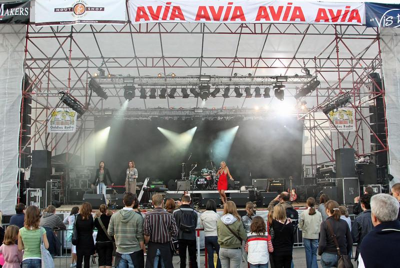 Temse in de Wolken 2008 - Optreden Eline