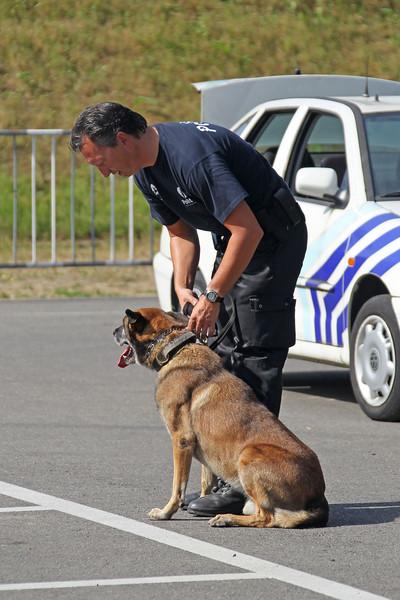 Verkeershappening 2012 - AC De Zaat, Temse<br /> Demonstratie hondenteam PZ Kruibeke - Temse