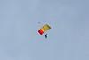Viering 100 Jaar Internationale Vliegweek in Temse - Zondag 16 september 2012<br /> Demonstratie parachutespringen door Paraclub Hoevenen