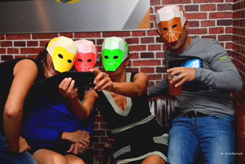 A vos masques: selfie party